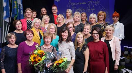 Õpetajad ühispildil. Foto Ellar Sügiste.
