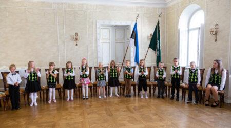 Puurmani mõisakoolis alustasid kooliteed 13 esimese klassi õpilast. Foto Allar Mehik.
